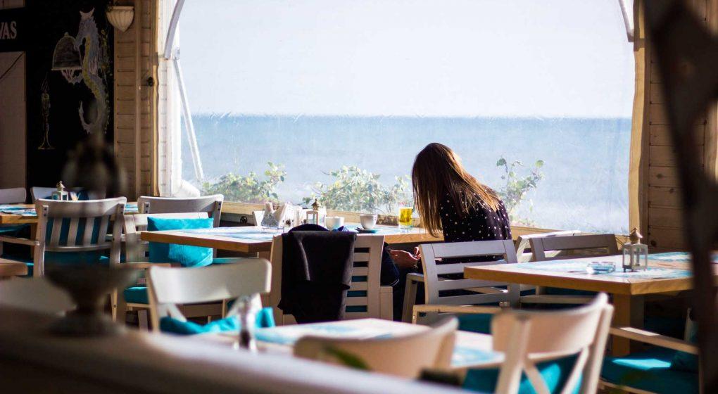 Nepenthe-Restaurant-Big-Sur-on-PinnacleWeekly