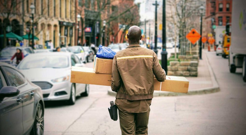 Practical-Tips-to-Start-a-Dropshipping-Business-Easily-on-PinnacleWeekly